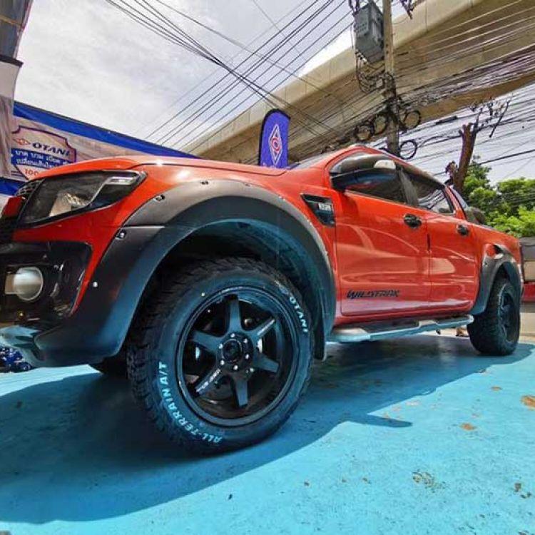 Представители Otani Radial представили свои первые вседорожные шины